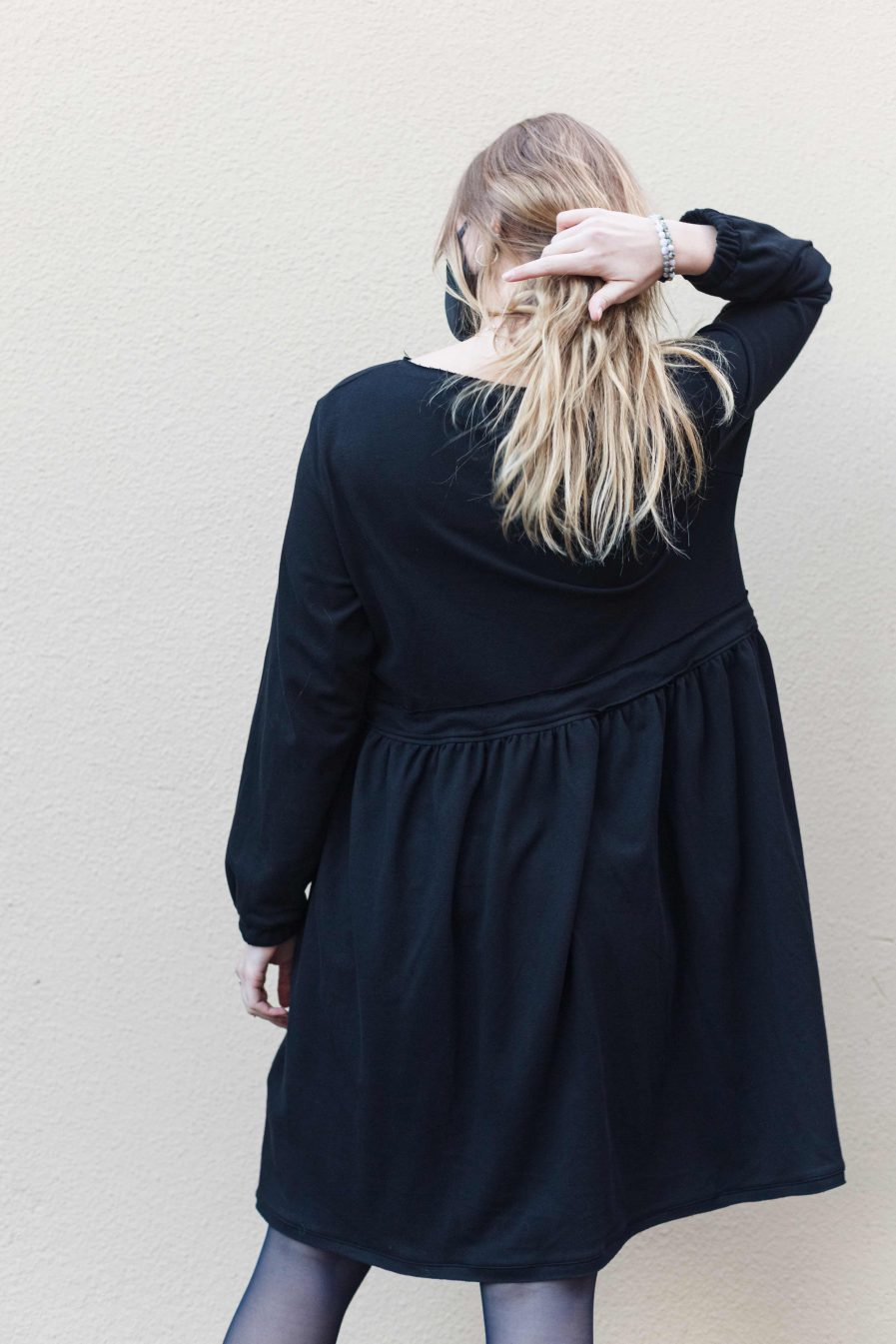 M50 Dress Cute with Pockets Black