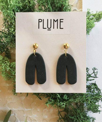 ELĪNA PLŪME Dangle Arch Earrings | Black