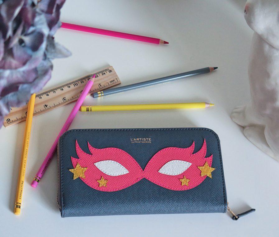 Pencil case - Hero pink large incl pencils etc.