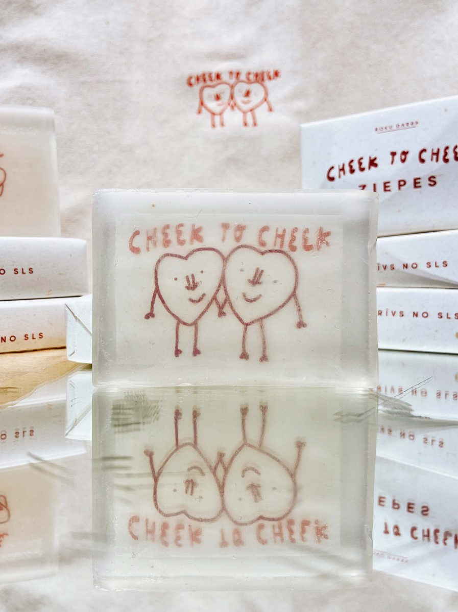 M50 Soap Cheek To Cheek