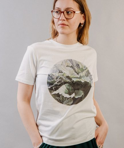 "M50 x Ieva Kampe-Krumholca Unisex T-krekls ""I am just a Regular Person"" XS"