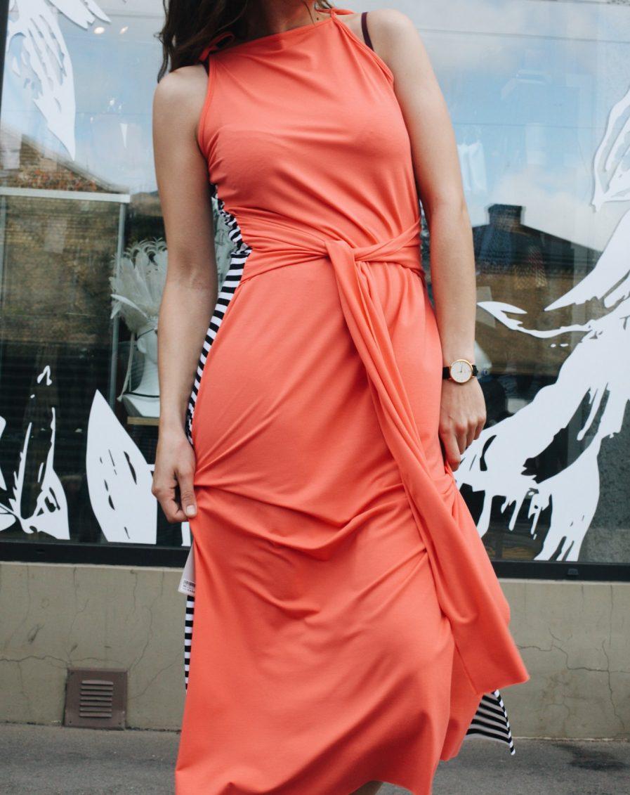 M50 Dress Goddess Reversible Stripped/Pink