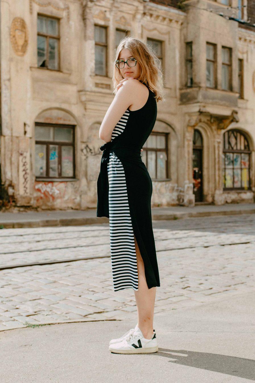M50 Dress Goddess Reversible Black