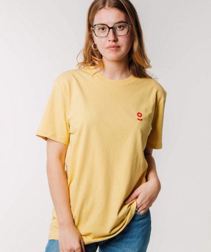 "Vaira Vīksne Unisex Organic Cotton T-shirt ""Dzīvot skaisti"" Jojoba"